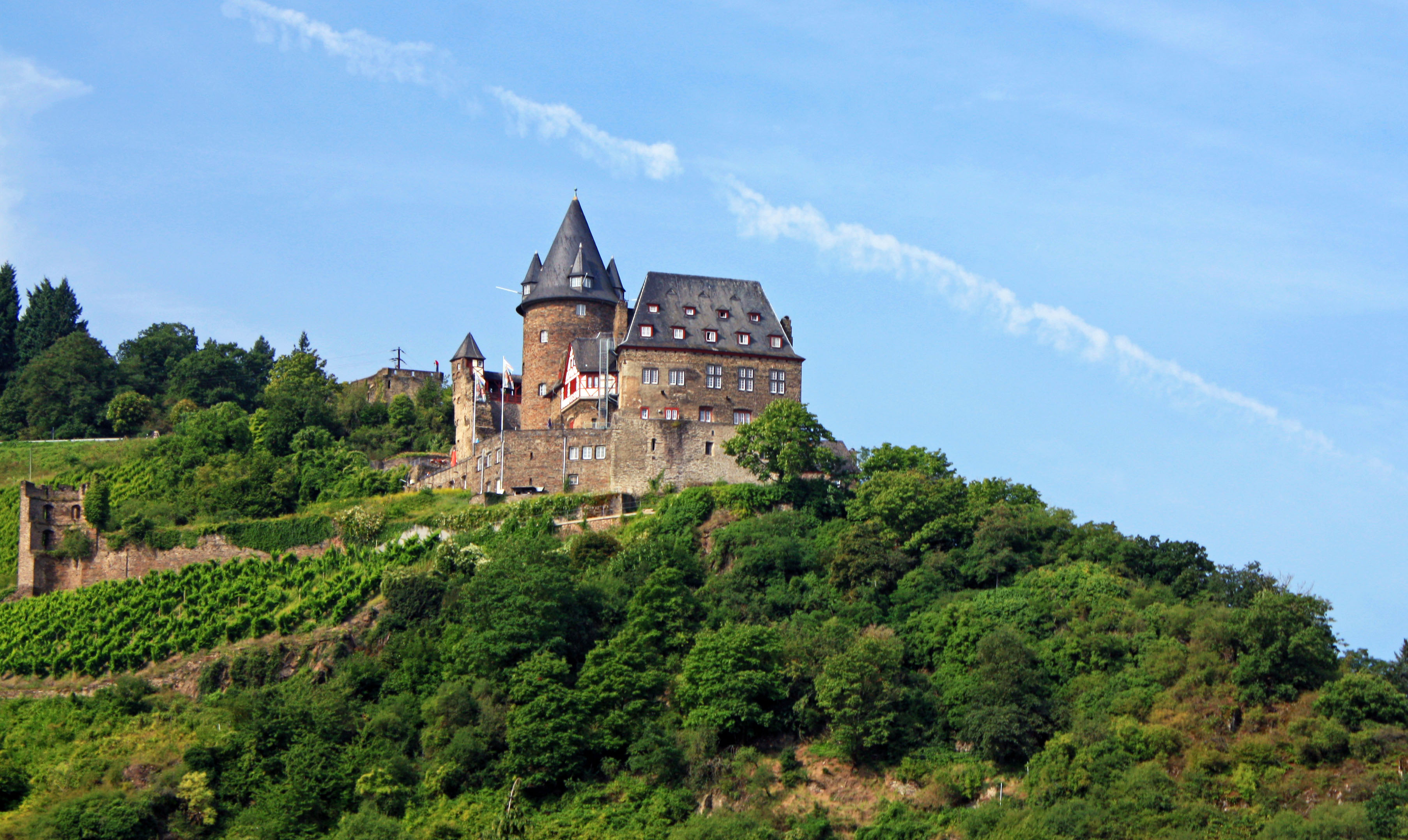 Stahleck Castle towering above the Rhine River.