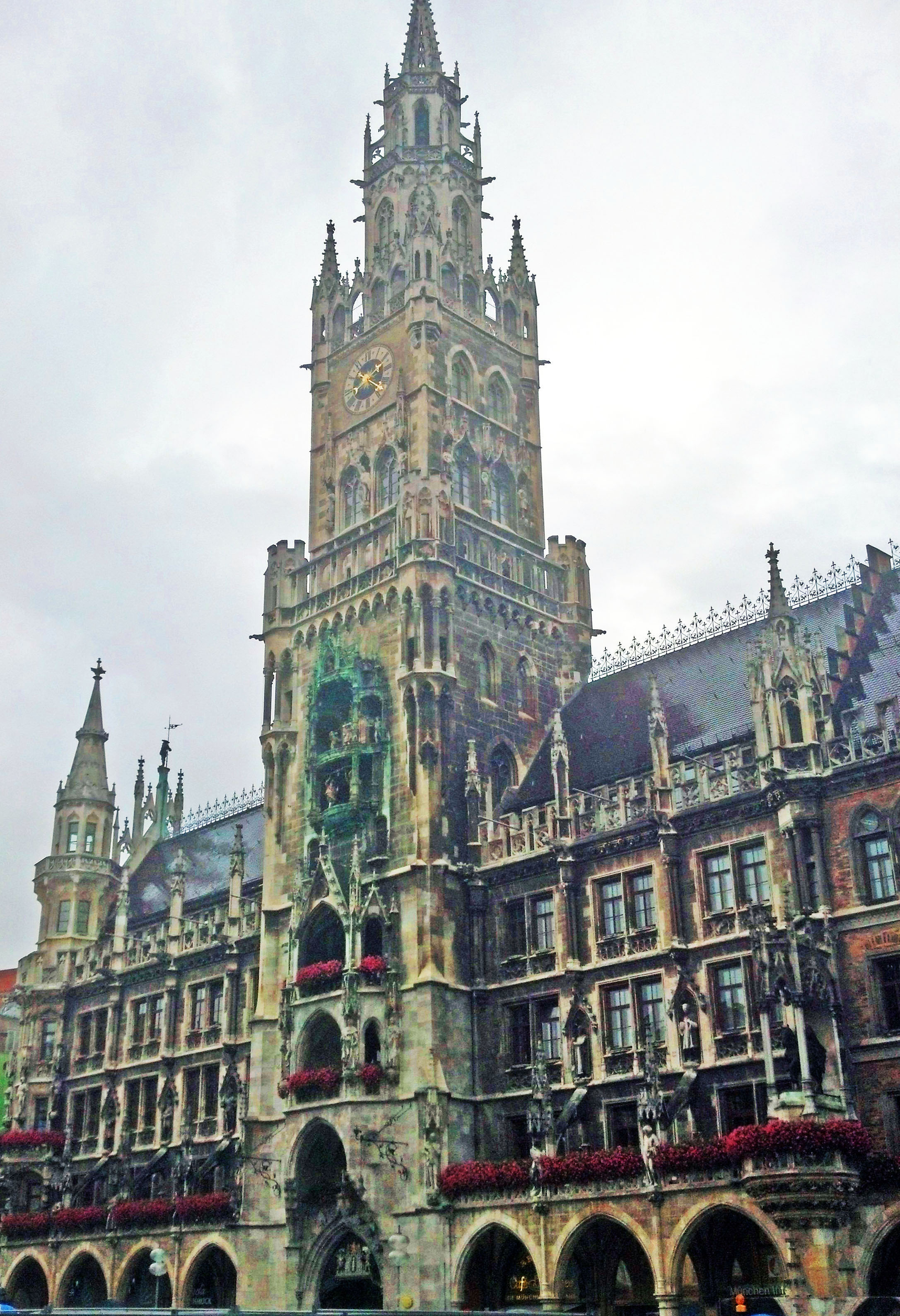 The New Town Hall located in the Marienplatz.